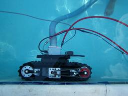ICM climber Under Water