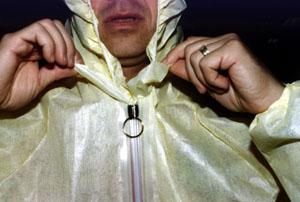 Zip-lock closure system for FRHAM_TEX Cool Suit (TM)